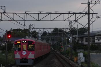 2016年7月7日、元加治、発車した9101F(ピンク)の2173レ。