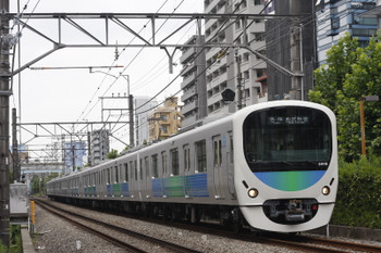 2016年7月25日、高田馬場~下落合、38118Fの5126レ。