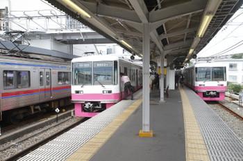 2016年8月14日、京成津田沼、新京成8800系の並び。