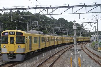 2016年8月11日、入間市、発車した2085Fの1002レ。