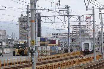 2016年9月9日 11時13分頃、神戸貨物ターミナル駅、大阪方へ引き上げられる本日出荷の西武400000系5両。