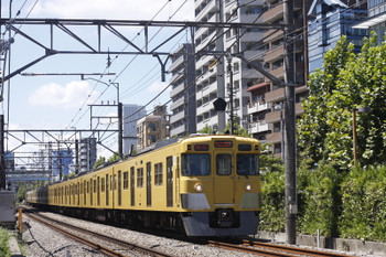 2016年8月19日、高田馬場~下落合、2005F+2409Fの2642レ。