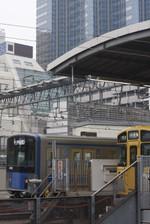 2016年10月3日、池袋、20152Fの西武秩父ゆき5205レ。この10秒ほど前、埼京線を205系が走っていました(北行)。
