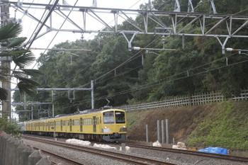 2016年9月11日 13時47分頃、新秋津~所沢、土砂崩れ現場の前を通過する263Fほか。