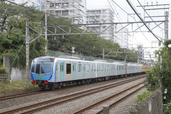2016年9月11日 13時47分頃、新秋津~所沢、263Fに牽引され小手指車両基地へ向かう40000系第1編成の池袋方5両。