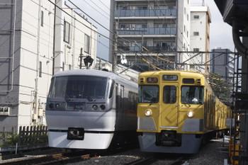 2016年10月19日、高田馬場~下落合、10108Fの120レと2031F+2505Fの2641レ。