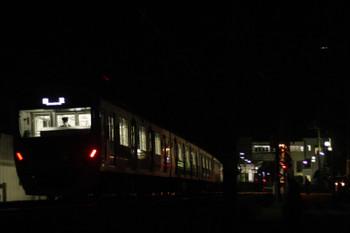 2016年10月25日 4時54分頃、元加治、通過する30101F(ハロウィン)の下り回送列車。