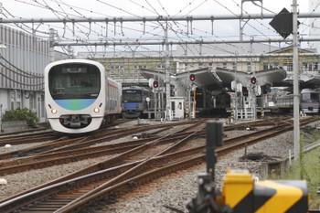 2016年9月24日 9時43分頃、飯能、発車した38107Fの上り回送列車。