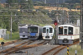 2016年9月25日 16時0分頃、横瀬、3本入った電留線と発車した20021レ。