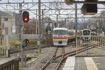 2016年10月29日 14時16分頃、田無、中線から下り方へ折り返す10105Fの臨時列車。