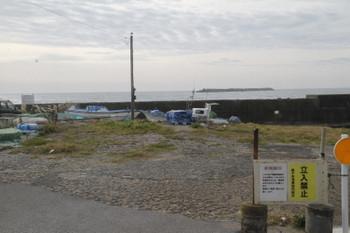 2016年12月13日、外川駅近く、漁港の立ち入り禁止区域。