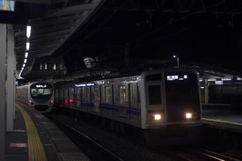 2017年1月10日、西所沢、6158Fの5103レ(右)と30103Fの3102レ。