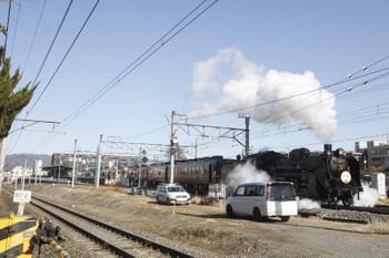2017年1月7日 12時20分頃、西武秩父、2番ホームから三峰口駅へ発車したSL列車。