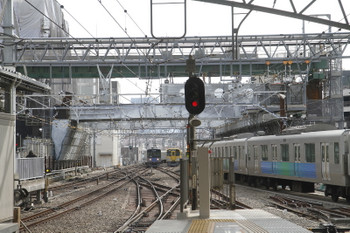 2017年3月18日 14時7分ころ、池袋、5・6番ホームに到着する20101Fの上り試運転列車。