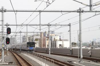 2017年3月18日 14時50分ころ、石神井公園、急行線から緩行線へ入る20101Fの下り試運転列車。