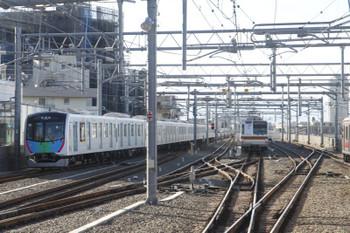 2017年2月12日 15時11分頃、石神井公園、通過した40102Fの下り試運転列車。