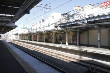 2017年2月26日、椎名町、上りホームの飯能方。
