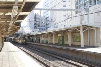2017年2月26日、椎名町、下りホームの飯能方。