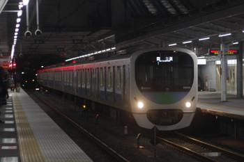 2017年2月24日 18時27分頃、所沢、1番ホームを通過する38102Fの下り回送列車。