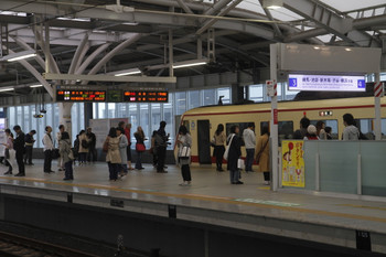 2017年4月22日 14時15分頃、石神井公園、10105Fの ちちぶ92号が客扱い。