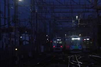 2017年4月19日、西所沢、到着する40101Fの4317レ。