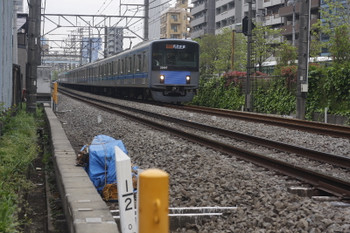 2017年4月21日、高田馬場~下落合、20107Fの2754レ。