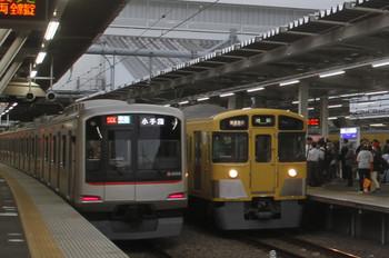 2017年4月29日、所沢、2063Fの1002レと東急4106Fの4855レ。