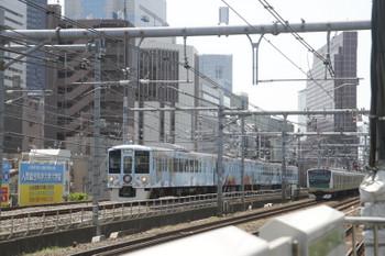 2017年4月30日 10時50分頃、西武新宿~高田馬場、4009Fの下り列車。