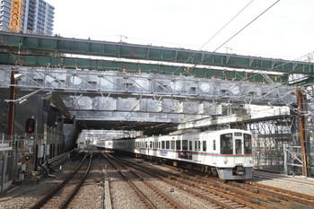 2017年5月3日、池袋、到着する4005F+4021Fの上り回送列車。