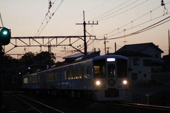 2017年5月5日 18時55分、元加治、4009F(52席)の上り列車。、