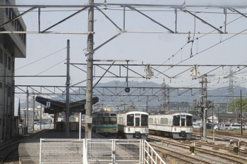 2017年5月20日 14時16分頃、秩父、下り列車最後尾から見た秩父駅構内。左側の西武4000系が4023F。