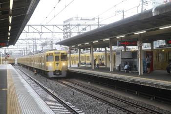 2017年7月1日 10時59分ころ、東伏見、左から2067Fの5615レ・2007Fの2650レ・2511F+2545Fの上り回送列車。
