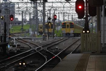 2017年7月20日 5時30分ころ、所沢、通過した2045Fの新宿線 上り回送列車。奥の電留線が空いています。