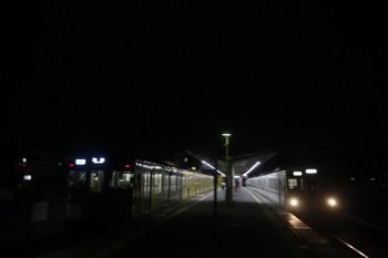 2017年7月23日、元加治、2075Fの4146レ(左)と4015F+4003Fの下り回送列車。