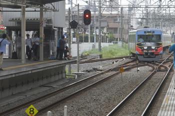 2017年8月19日 14時21分ころ、新所沢、3番ホームから南入曽車両基地へ戻る20158F。この時間帯は会場ゆきの臨時は終わっているので、そのまま、会場発の臨時列車(新所沢15時4分着)になったと思われます。