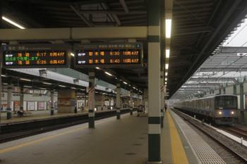 2017年8月5日 6時12分頃、練馬、20153Fの上り回送列車。無表示でした。