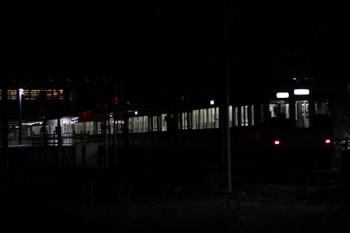 2017年9月18日 20時18分ころ、西武秩父、2番ホームへ到着する4003Fの下り回送列車。