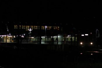 2017年9月18日 21時21分ころ、西武秩父、2番ホームから発車する元5065レの4011F上り回送列車。