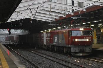 2017年10月15日 7時11分ころ、新秋津、EH500-21牽引のコンテン貨物列車。