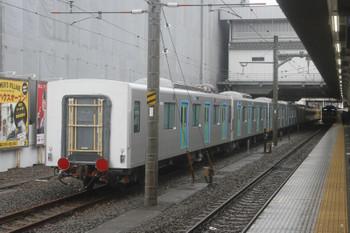 2017年10月15日 10時55分ころ、所沢、6番線に到着した263F+40103F(5両)。