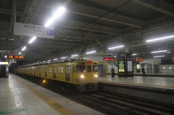 2017年10月21日 5時30分ころ、所沢、2027Fの上り回送列車。