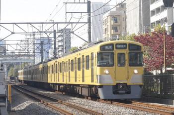 2017年11月2日、高田馬場〜下落合、2525F+2511Fの5128レ。