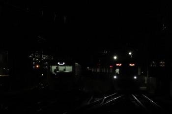 2018年1月1日、石神井公園、メトロ10033Fが代走の6506レ(右)と6番線で出番を待つ38110F。