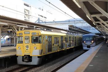 2018年1月14日、所沢、2007Fの5624レと10104Fの119レ。