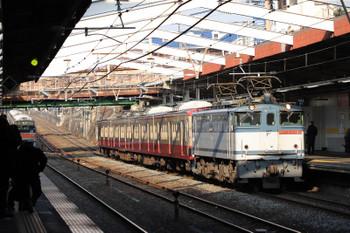 2018年1月20日 15時4分ころ、新秋津、EF65-2090に牽引され通過する西武1247Fの甲種輸送列車。