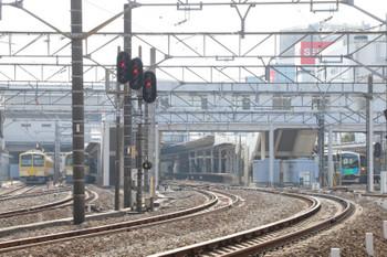 2018年1月20日 12時13分ころ、所沢、新宿線を試運転中の40103F(右)と発車待ちの263F+1247F(左端)。