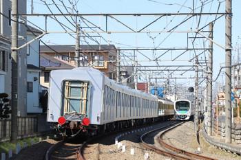 2018年2月18日 11時9分ころ、所沢~西所沢、263Fに牽引され小手指車両基地へ向かう40106Fの飯能方5両の後ろ姿。