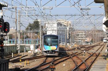 2018年3月4日 9時23分ころ、萩山、玉川上水駅へ発車した40105Fの下り臨時列車。右奥は1259Fの6034レ。
