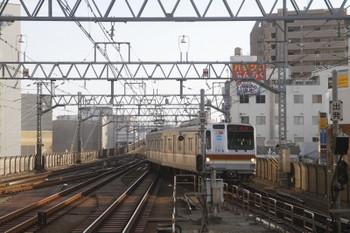 2017年5月21日 16時45分ころ、武蔵小杉、目黒線のルートから到着するメトロ7016Fの上り回送列車。