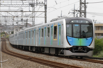2017年5月12日 15時13分ころ、西所沢~小手指、504レに送り込みの40102Fの上り回送列車。